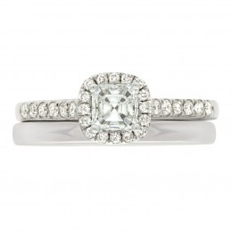 Harriot 4 engagement ring