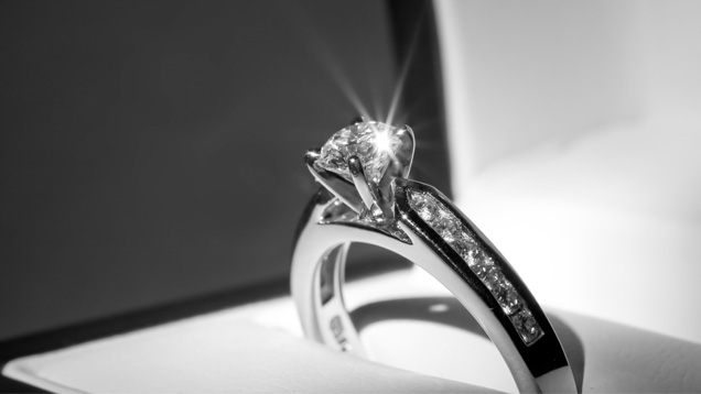 clean my diamond ring