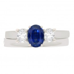 Lucy 4 engagement ring