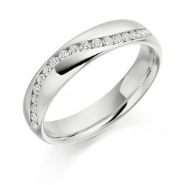 Curved style wedding band